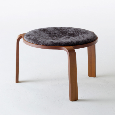 Lounge stool [type 3]